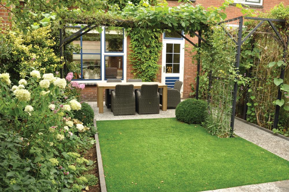 Idee kleine tuin beplanten galerij foto 39 s van binnenlandse en moderne binnenhuisarchitectuur - Idee van allee tuin ...